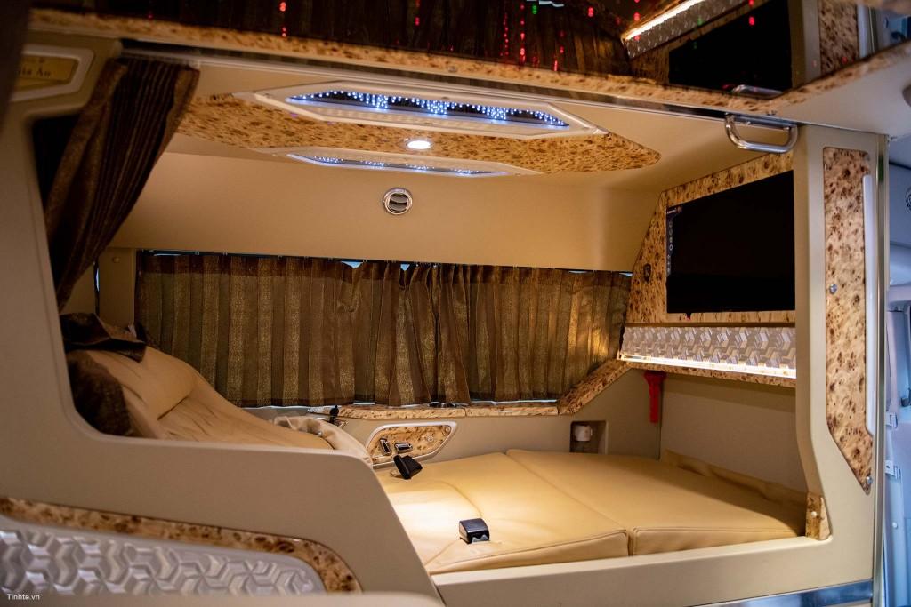 Thành Bưởi limousine