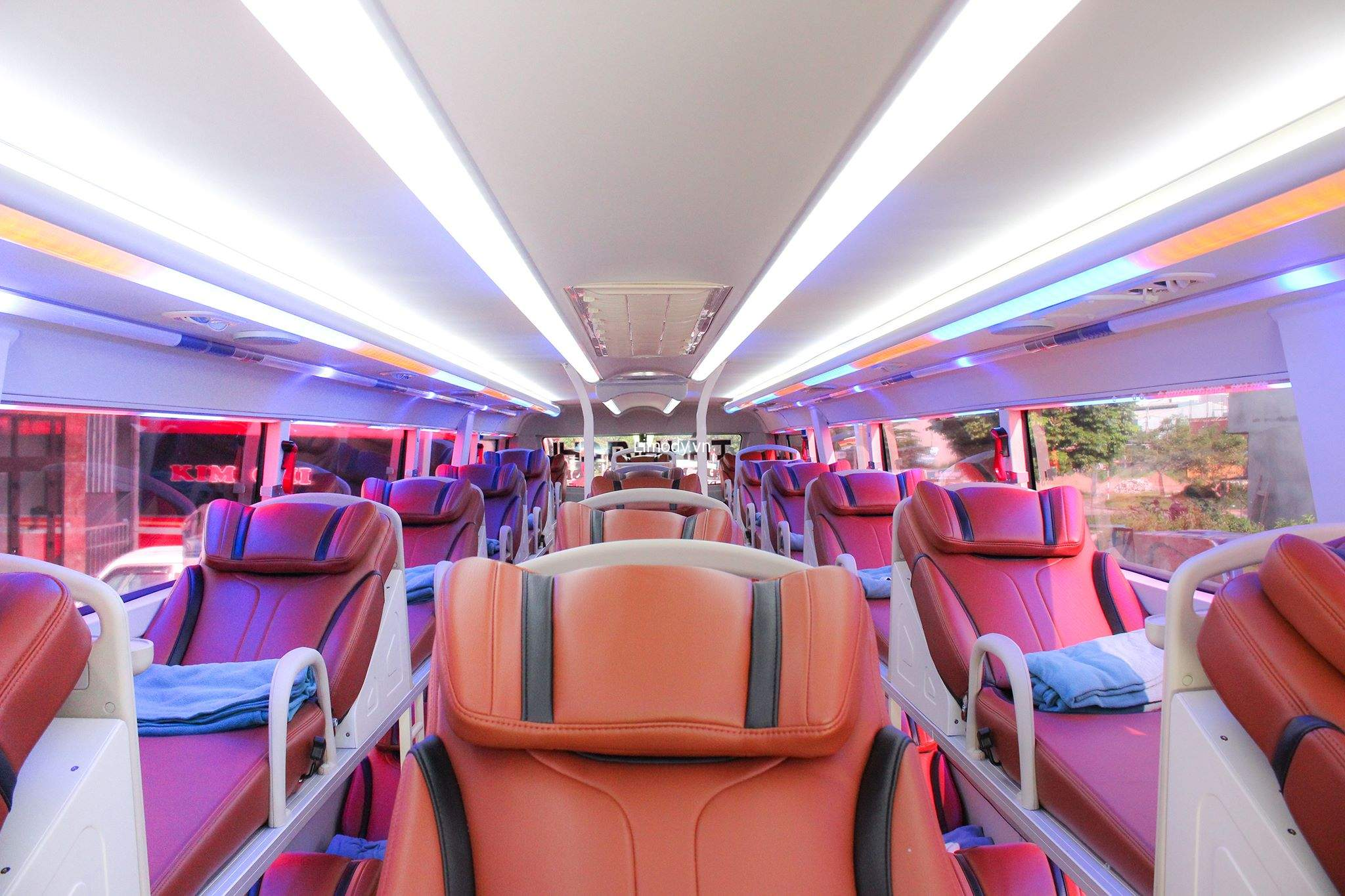 Top 5 Nhà xe Quảng Ninh Sơn La Mộc Châu: Xe giường nằm & limousine